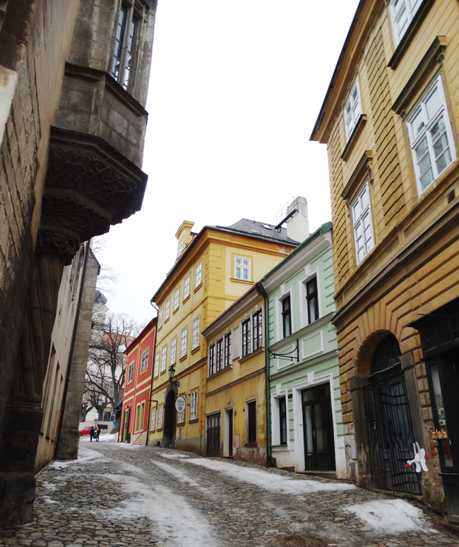Cobble streets of Kutna Hora.