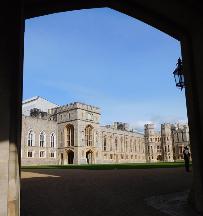 Looking through the gates to the private royal apartments