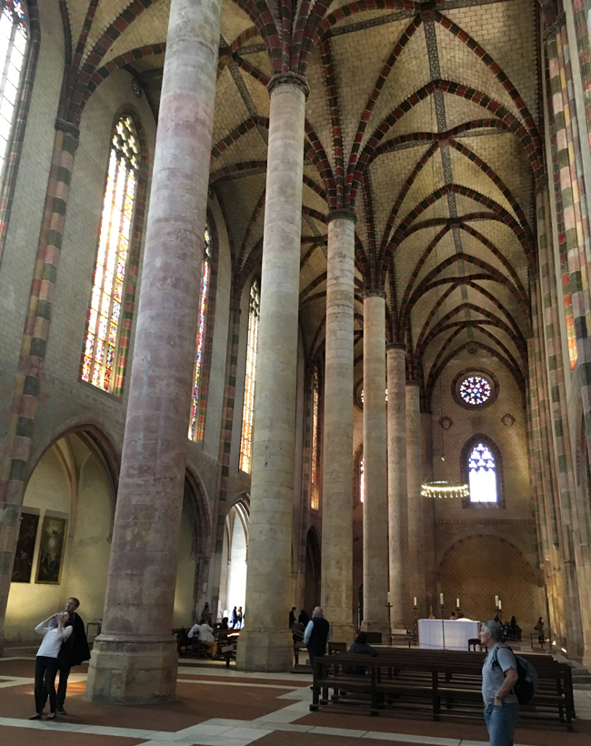 Gothic vaulted nave of the Church of the Jacobins.